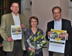 Gelungener Auftakt der Aktion 22. Auf dem Bild v.L.: Andreas Grosch (EL), Marliese Heldner (Bezirksbeirat HD-Kirchheim), Bernd Binsch (EL-Fraktionssprecher)